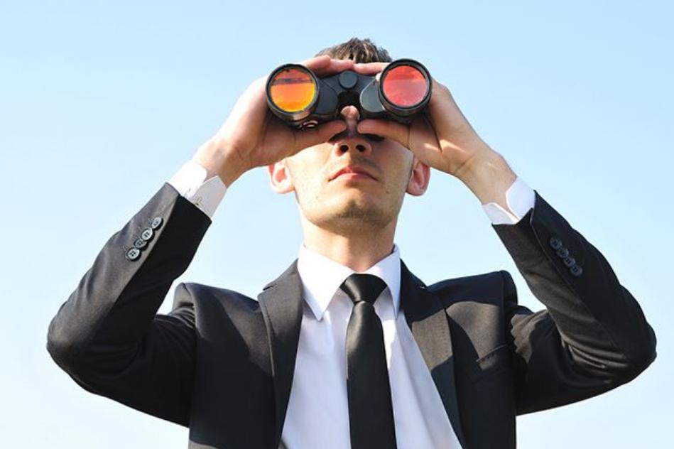 Мужчина ищет работу в Киеве