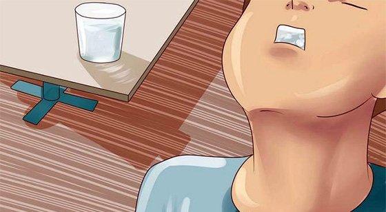 Полоскання рота содою