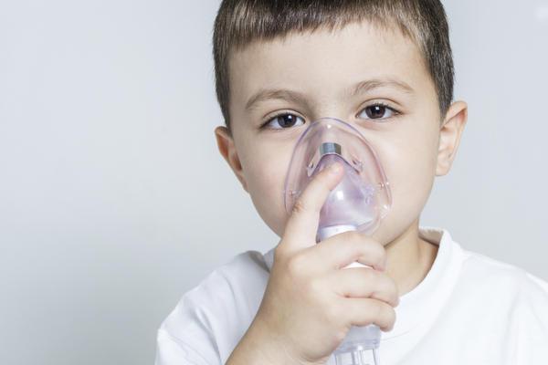 постійне першіння в горлі причини методи лікування