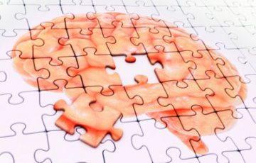 Втрата пам'яті: причини у молодих і літніх людей, симптоми, діагностика