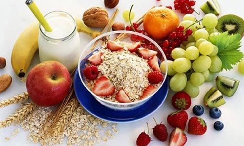 Повсякденний раціон потрібно збагатити свіжою фруктово-овочевий і молочною продукцією, кашами, рибою та м'ясними стравами, вегетаріанськими супами