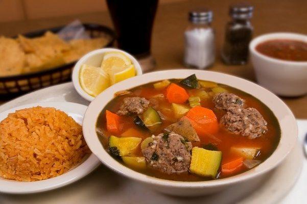Чи правильна дієта для хворого кишечника, Особливості харчування в период обострения и ЗРАЗКОВЕ меню