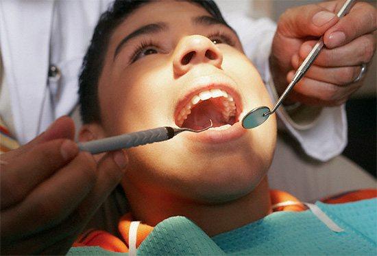 Правильний облік всіх симптомів і зондування каріозної порожнини зазвичай дають стоматолога достатню інформацію для постановки правильного діагнозу.