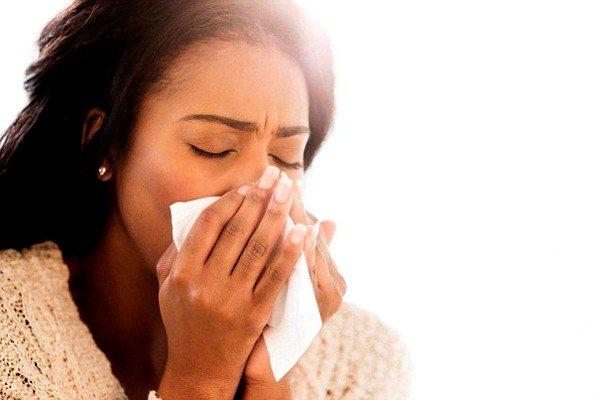 Причиною кашлю може бути алергія