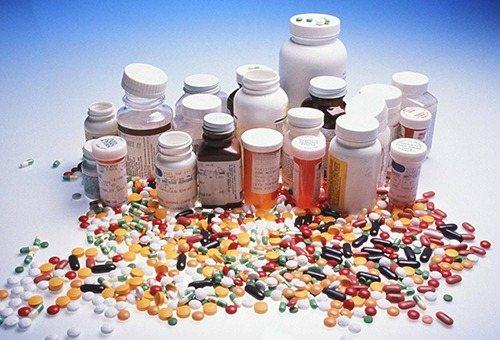 Прийом антібіотіків и сільнодіючіх ліків