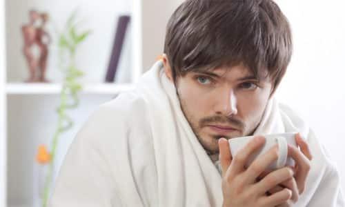 Ознаками сенсорної нейропатії є мерзлякуватість, підвищення чутливості шкіри до низької температури