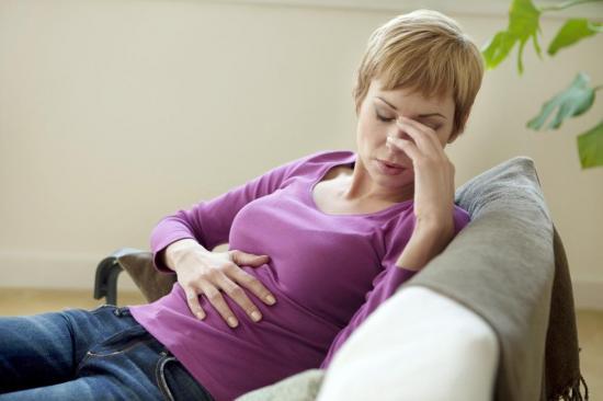 Прояв сімптомів Залежить від тяжкості захворювання