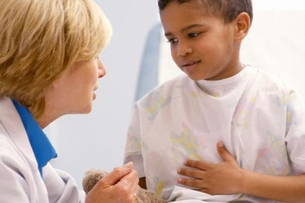 дитина у лікаря