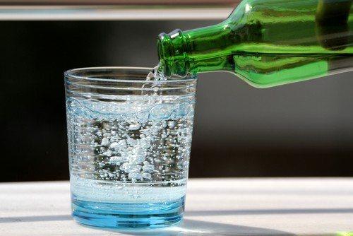 Рекомендується прийом лікувальної мінеральної води