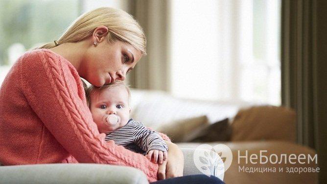 Ризики розвитку біполярного розладу підвіщує у жінок в период гормональних коливання: вагітність, пологи, клімакс та ін.