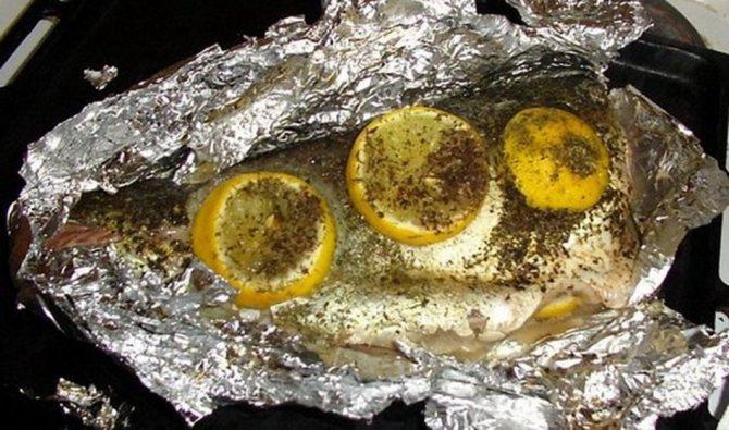 Риба у фользі