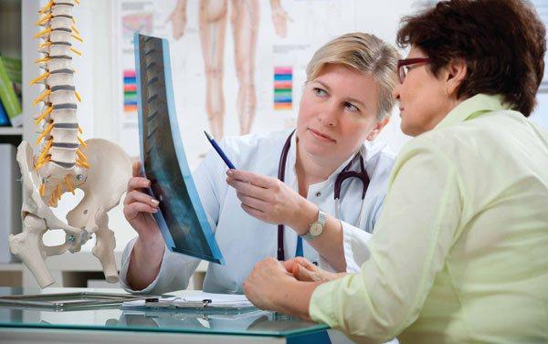 Симптоми і лікування захворювання кісток остеопорозу