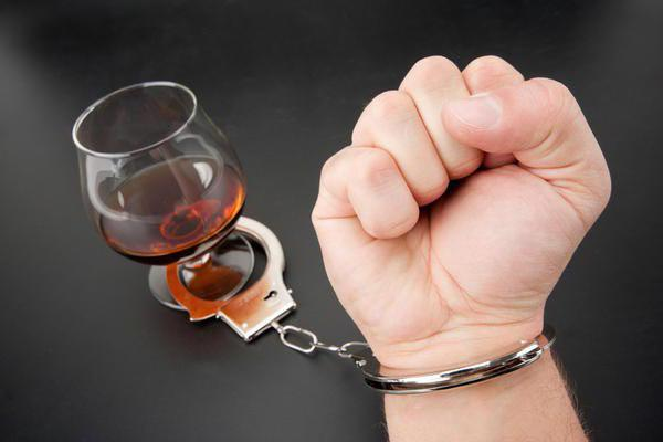 симптоми і ознаки алкоголізму
