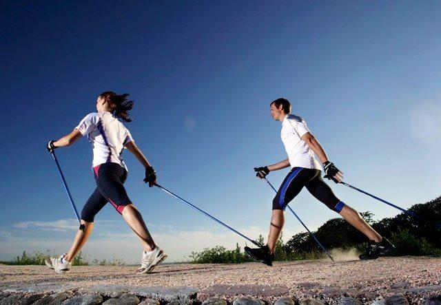 Скандинавська ходьба - це спорт?