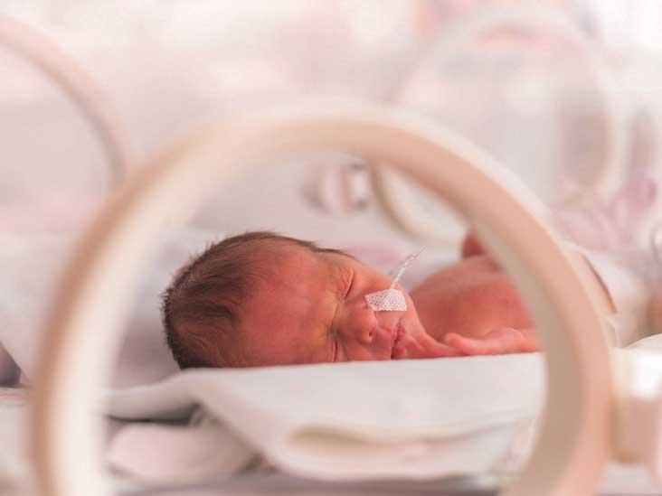 скупчення рідини в голові у новонародженого