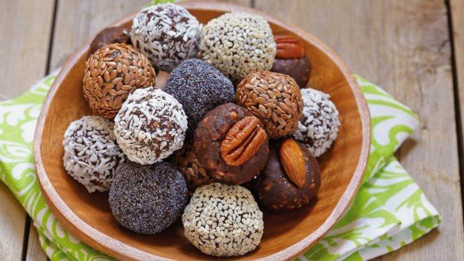СІРОЕДЧЕСКІЕ цукерків з бананами: Корисні солодощі в Домашніх ...