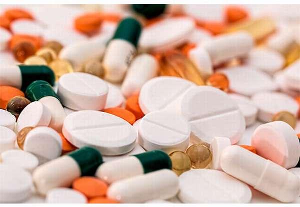 таблетки і капсули від проносу