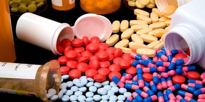 Таблетки и капсули