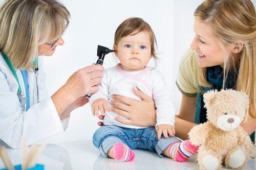 туговухість у дитини Симптоми
