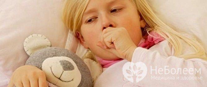 У дітей при атипової пневмонії може з'являтися поліморфний висип на шкірі
