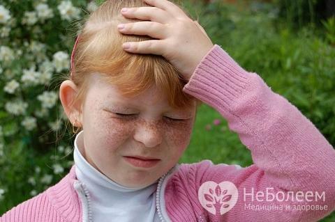 У дітей струс головного мозку проявляється болем в місці травмування, нудотою і блювотою