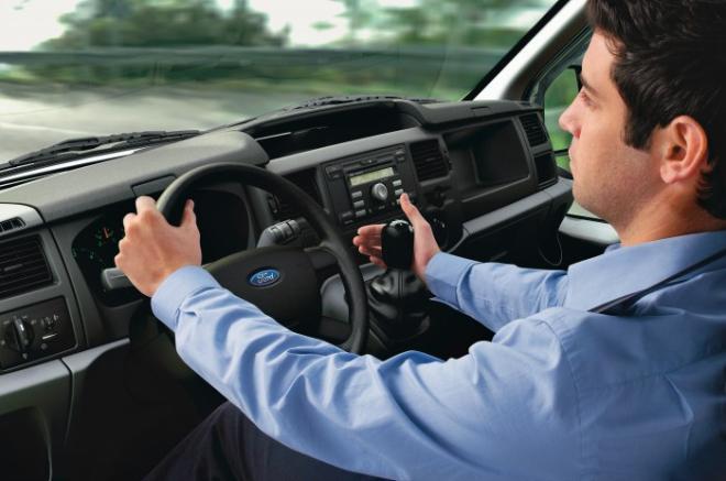 керування автомобілем
