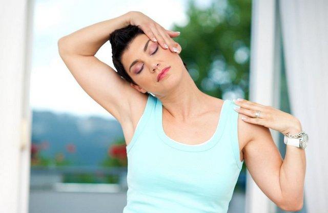 Вправи допомагають відновити стан шиї і поліпшити загальне самопочуття