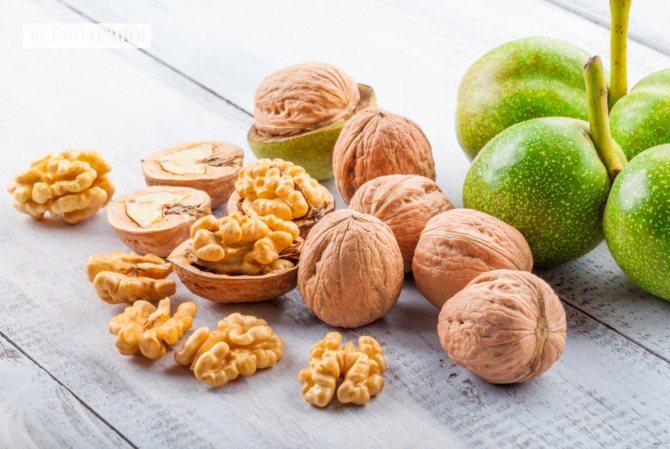 У чому користь волоських горіхів для організму чоловіків і жінок?