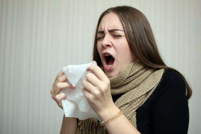 Вітрянка у дорослих. Перші симптоми, як починається, фото висипу, скільки днів температура