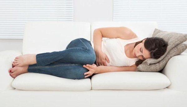 Запалення яєчників у жінок. Симптоми і лікування в домашніх умовах