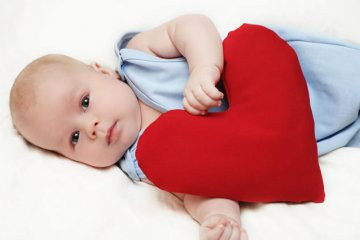 Вроджена вада серця у новонароджених: симптоми, що це таке, ознаки, лікування, як виявляється