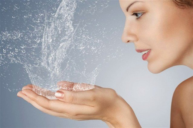 запах сечі у жінок при клімаксі