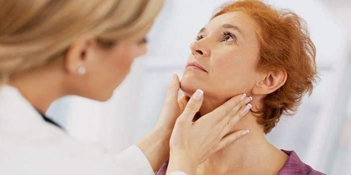 Жінка з підвищеним тиреотропним гормоном на огляді